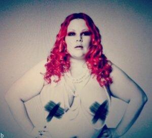چاق ترین پورن استار دنیا ایپریل فلورس Fatty Delicious (عکس های ۱۸+)