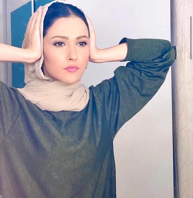 آدریانا صادقی کیست ؟ | بیوگرافی بازیگر ایرانی از روزمرگی ها تا حواشی اخیر (+عکس)