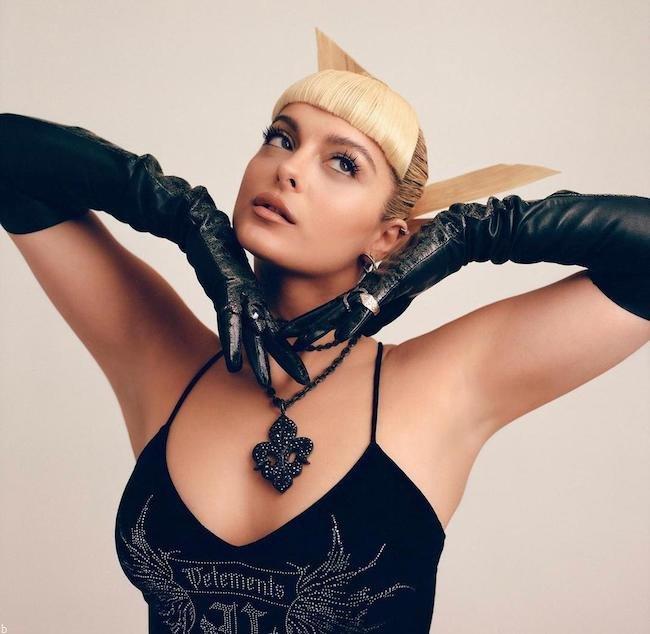 بیوگرافی بی بی رکسا Bebe Rexha خواننده معروف آمریکایی (+عکس های داغ)
